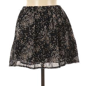🖤 Lovely Little semi sheer skirt w/lining ✨